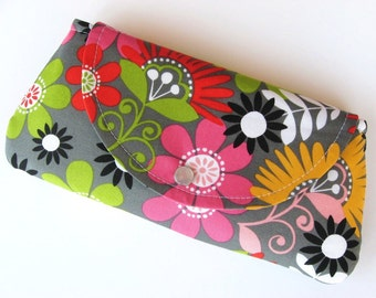 Wristlet - Clutch - Wallet - Snap Closure Flower Power