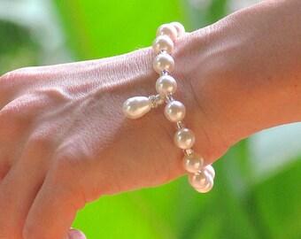 Swarovski Pearl Bracelet, Ivory Pearl Bridal Bracelet, Pearl Bridesmaids Bracelet, PEARL DROP
