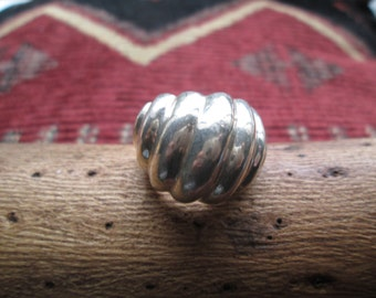 Vintage Sterling Silver Dome Ring Size 7