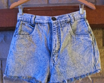 Vintage Denim shorts Dirty Dancing Brand acid wash high waist size 11/12