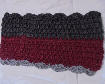 Grey and maroon crocheted cowl