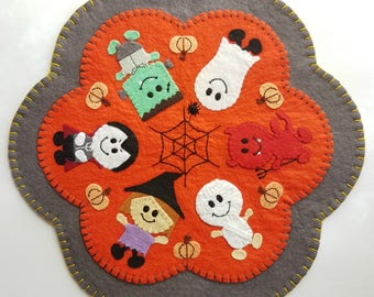 PDF PATTERN: Cutie Creeper Halloween Penny Rug Wool Applique sewing tutorial - felt candle mat pattern - DIY Decoration - Holiday accessory