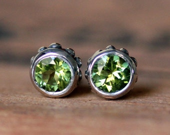 Peridot stud earrings, August birthstone earrings, wife gift for her, tiny stud earrings, bezel earrings, green stone ready to ship, wrought
