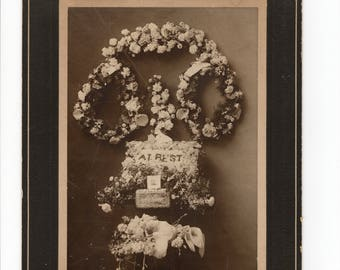 Large antique memorial cabinet card photo