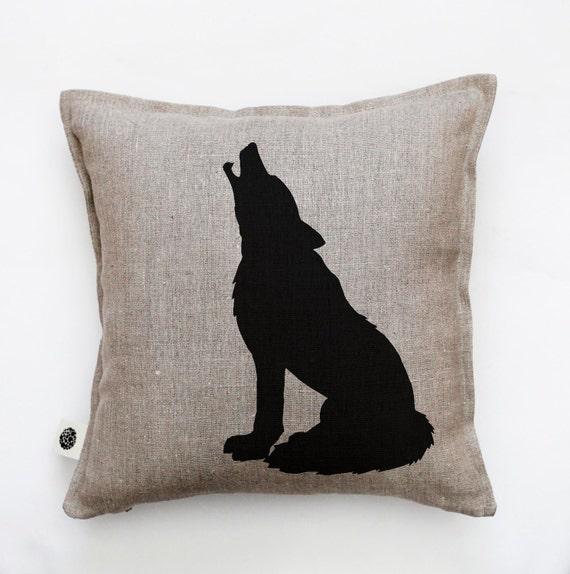 Wolf pillow - first home gift - decorative wolf pillow cover - cushion case - throw pillow - forest animal pillow - linen pillow- 0386