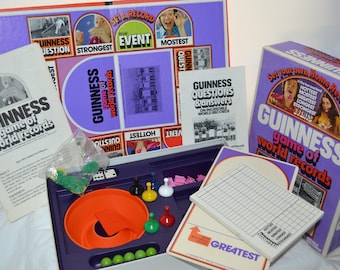 Guinness Game of World Records - 1975 - Parker Brothers Family Game Night Trivia
