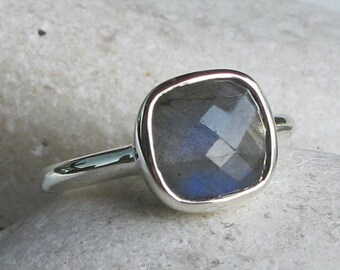 Sterling Silver Labradorite Ring- Gemstone Stack Ring- Faceted Bezel Ring- 9mm-Square Shaped Stone Ring- Boho Chic Silver Ring- Gypsy Ring