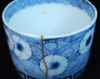 111-0040, Antique Japanese SOBA CHOKO, Sake cup, Kintsugi, Sometsuke, Porcelain