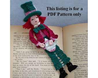 crochet pdf pattern, mad hatter bookmark, wall decor diy, amigurumi thread crochet instructions, alice in wonderland DIY bookmark