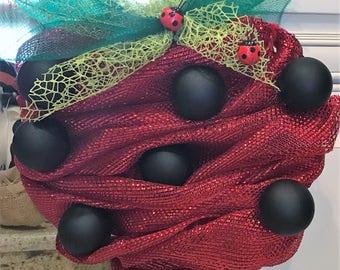 Strawberry fields Deco mesh Wreath