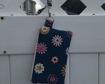 Floral Wristlet on the Go