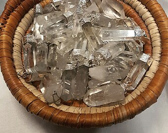 Clear Quartz Pendant (12pc)