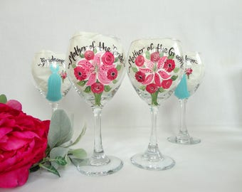 MOTHER of the BRIDE & GROOM, Hand Painted Champagne Flutes, Personalized to Your Flower Bouquets, Mother of the Bride Gift, Bridesmaid Gifts