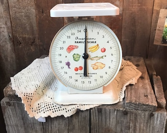 Vintage kitchen scale , american family scale, food scale, farmhouse,country, kitchen decor, mid century