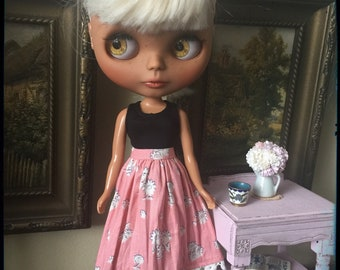 Flowers and Lace Blythe Skirt