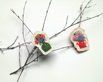 Handmade Brooch, Hand Embroidered Brooch, Decorative Jellewery, Brooches, Fibre Art, Embroidered Jewellery