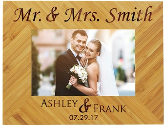 Personalized Wedding Frame, Wood Picture Frame, Custom Wedding Frame, Wedding Picture Frame, Personalized Frame Wedding, Newlywed Gift