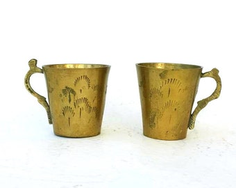 Vintage brass cups Solid brass goblets Gold tone brass home decor Small decorative mugs Rustic oriental decorated miniature tea cups