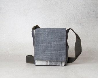 Small Canvas Shoulder bag, mens shoulder bag, everyday bag, small shoulder bag, small messenger bag, work bag