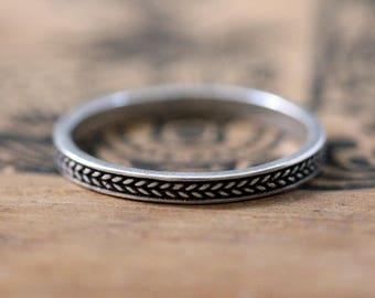 Braided wedding band, rustic wedding ring, oxidized wedding band, rustic silver wedding ring, silver braided ring, stacking ring, custom