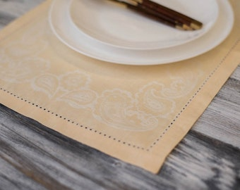 Vintage Placemat, Linen Placemat, Hemstitched Placemat,  Peach Placemat, Floral Design, Gifts for Mom