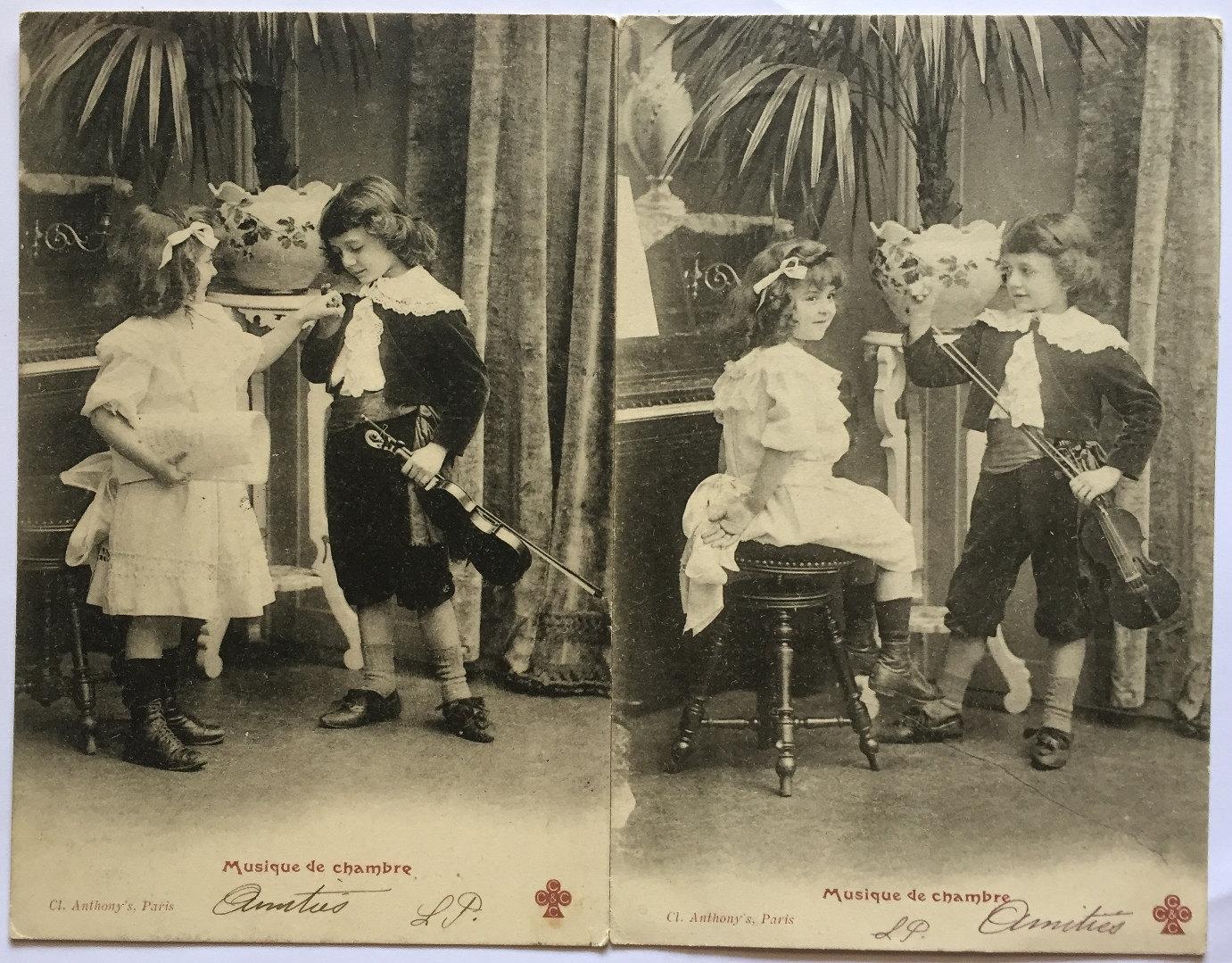 cartes postales anciennes denfants jouant des instruments de. Black Bedroom Furniture Sets. Home Design Ideas