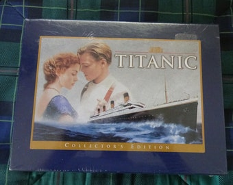 Titanic Movie Collector's Edition Gift Set (VHS hi-fi Stereo) Unopened in Original Plastic Factory Seal