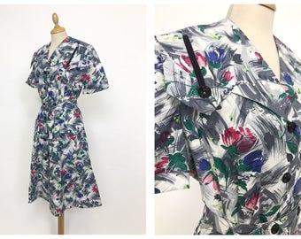 Vintage 1950s graphic floral print cotton day dress - size M