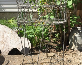 Hard to find / Vintage wire / Apartment size / collapsible laundry basket /  by ALLIED Prod. Co. /  Smaller size /Easy folding for storage
