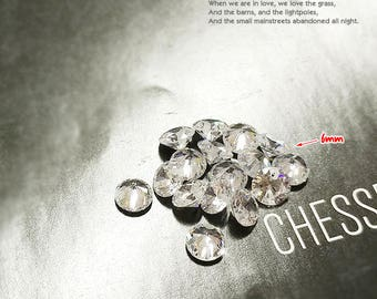Cubic zirconia pendant round faceted diamond Crystal