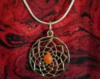 Vintage Silvertoned Metal Dreamcatcher Pendant with Necklace Chain