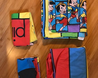 Disney Pinocchio full bed sheet set Jiminy Cricket puppet boy bright colors pillowcases Modern Disney designs