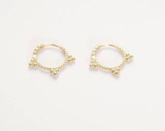 Gold hoops - gold hoop earrings - 9ct gold hoops - 9ct hoops - gold hoop earrings - gold hoops - spike hoops - gold spike hoops J2-HU-3703