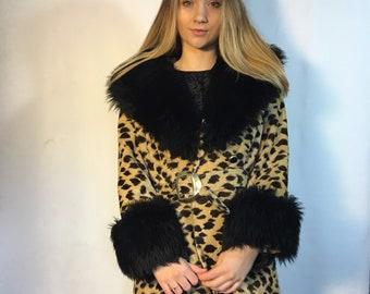 90's Cheetah Print Coat