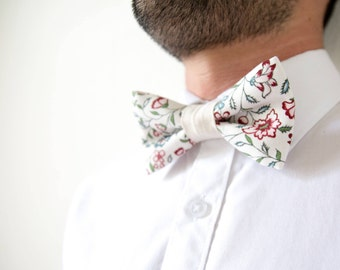 Floral cotton adult bowtie adjustable beige / bow tie