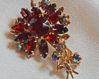Vintage Flower Brooch - Red Rhinestones with Gold Tone Metal, 1940s or 50s