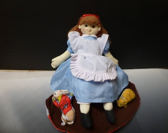 topsy turvy doll flip flop doll Alice in Wonderland mad hatter queen of hearts 3 IN 1