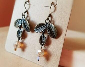 Leaf earrings, dangle earrings, drop earrings, antique brass jewelry, boho jewelry, rustic jewelry, gifts for women