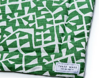 Dog Bed Personalized - Green Dog Bed - Washable Dog Travel Mat - Modern Pet Bed - Bedding for Dogs - Crate Mat for Dogs - New Puppy Gift