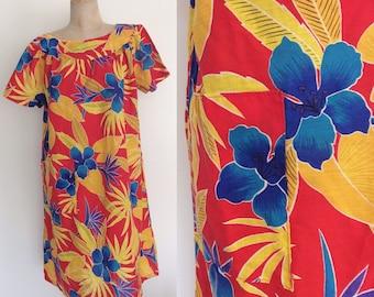 1970's Vibrant Hawaiian Muumuu Plus Size Hawaiian Floral Print Dress Size XL XXL by Maeberry Vintage