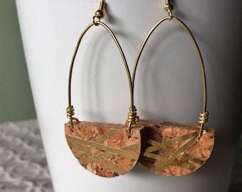 Gold Geo Loop Champagne Cork Earring