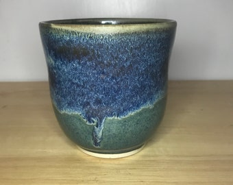 11 oz Blue and Green cup