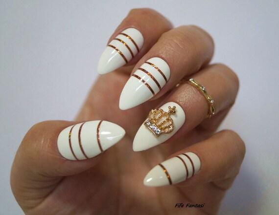 White Stiletto Nails, Nail art, Fake nails, Stiletto nails, Kylie ...