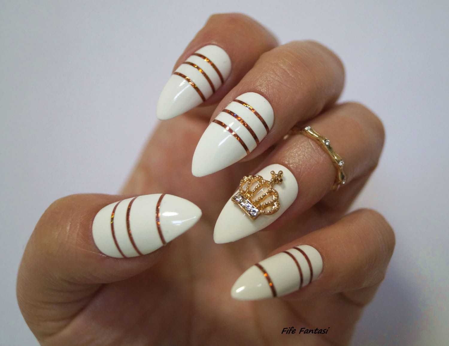 White Stiletto Nails, Nail art, Fake nails, Stiletto nails, Kylie ...