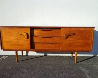 Sideboard Mid Century Modern Console Danish Style TV Stand Media Dresser Furniture Cabinet Buffet Server Storage Eames Teak Credenza Bar Car