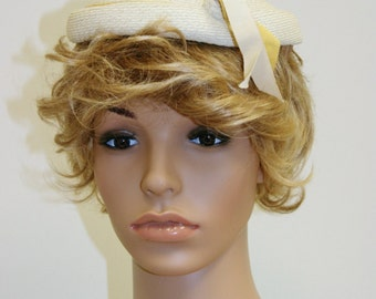 Vintage 50s White Straw Adjustable Pillbox Hat By Beresford - Fits All