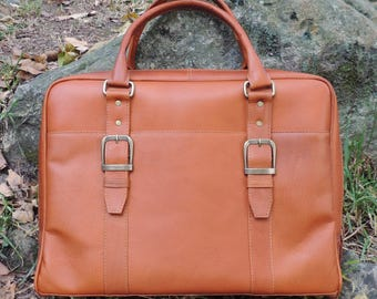 Genuine Vaquetta Tan Leather Overnight Bag, Laptop Bag, Hand crafted in Colombia