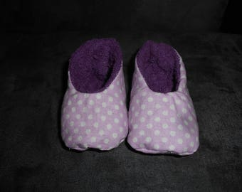 Baby booties pink with white polka dots 0/6 months