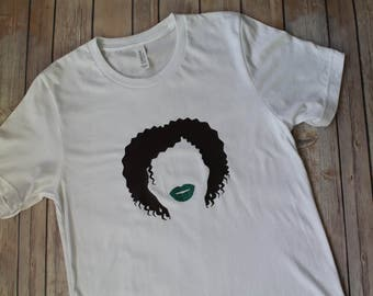 GLOZELL (YouTuber) Tee Shirt- with GLITTER lips