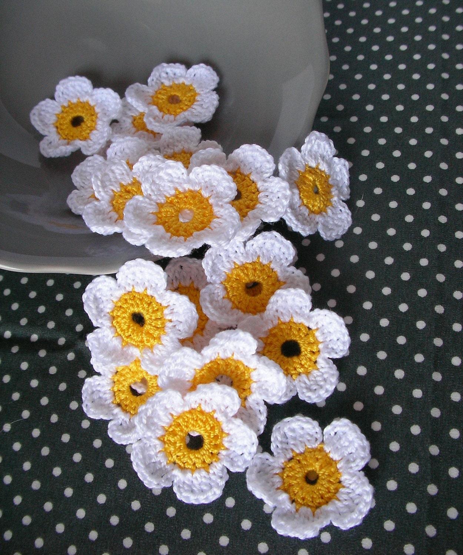 10 crochet flowers crochet daisy handmade crochet embellishment 1052 izmirmasajfo